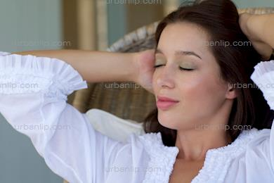 Beautiful brunette relaxing (BP_101536)