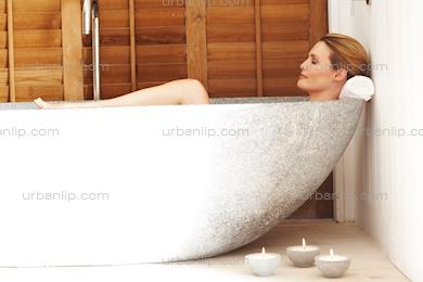 Landscape of beautiful woman relaxing in bath (AT_100425)